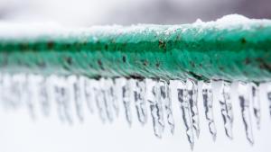 Top Tips to Avoid Frozen Burst Pipes